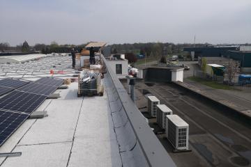 Kusters bedrijfshallen in Deurne